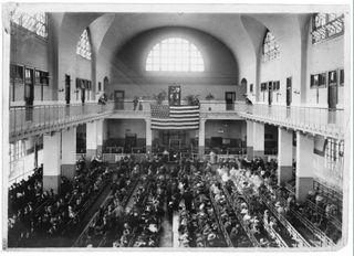 Main gallery Ellis Island