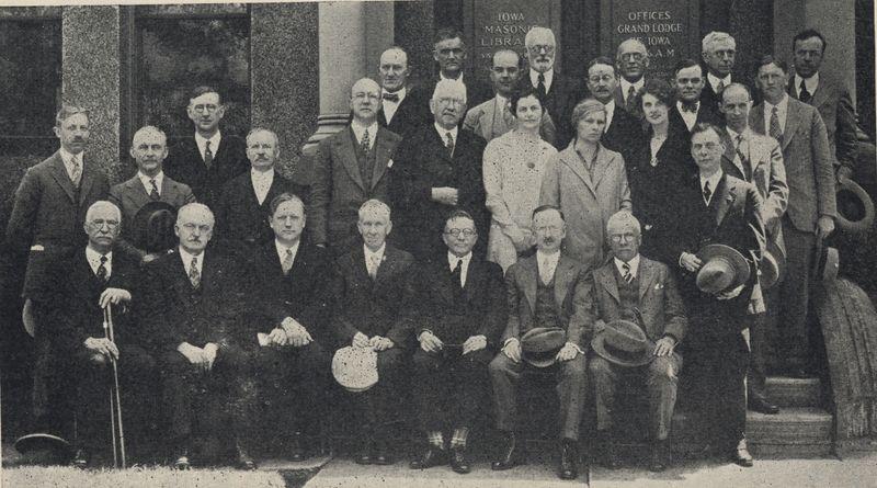 1928_Masonic_Librarians_Cedar_Rapids_web