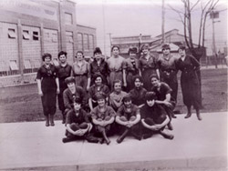 Ww1_munitions_workers[1]